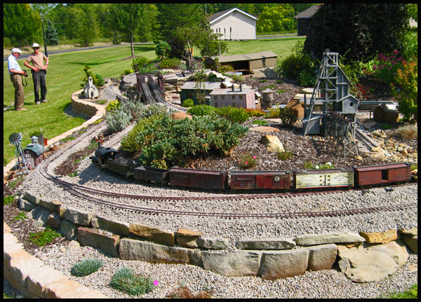The Hoot n Holler Garden Railroad Kendal at Oberlin